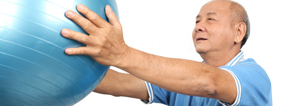 man_with_ball_920x343